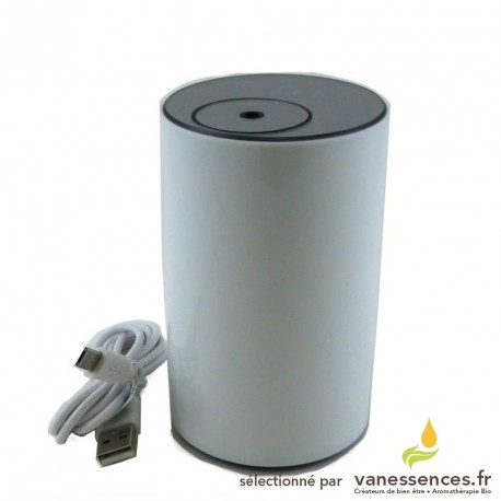 Diffuseur huiles essentielles sans fil, nomade, rechargeable sur USB.